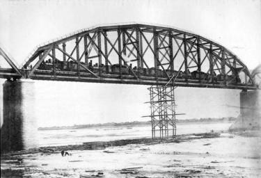 Испытания 4-го пролета моста через реку Зея, 1913 год