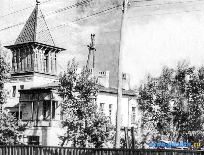 Дом на ул.Мухина,9