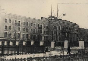 Здание Управления Амурской железной дороги (ныне - Ж.д.техникум)