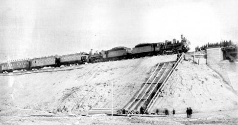 Поезд с комиссией, принятие моста через реку Зея, 1913 год