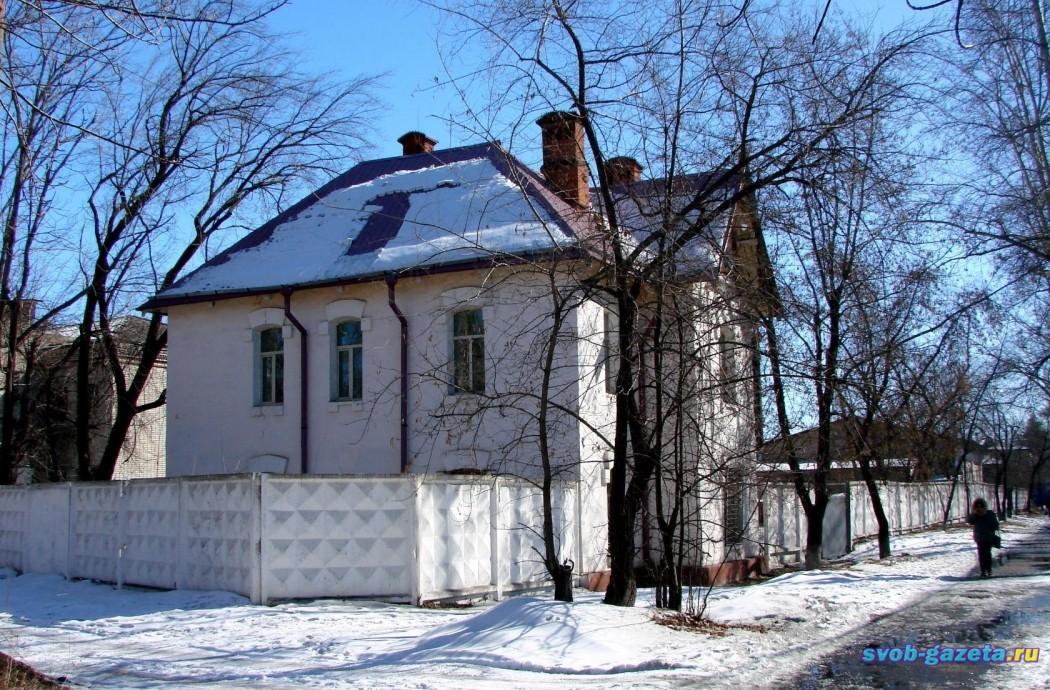 Одно из зданий ГУЛага в Свободном (др.сторона)