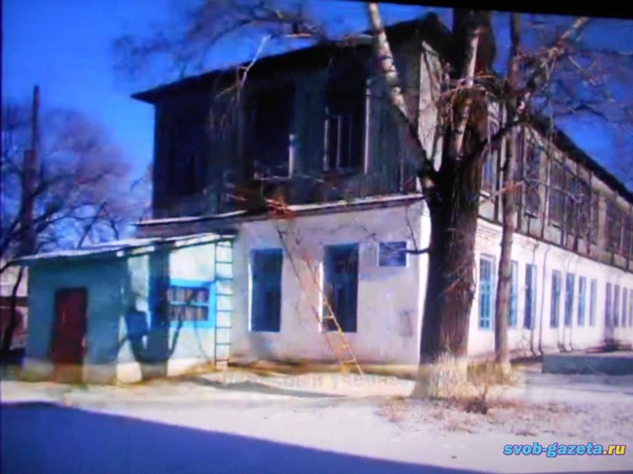 Школа №5.  Здание УПК, ул. Чубаровых, 17
