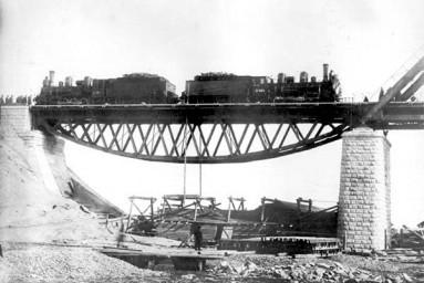 Испытания пролета моста через реку Зея, 1913 год